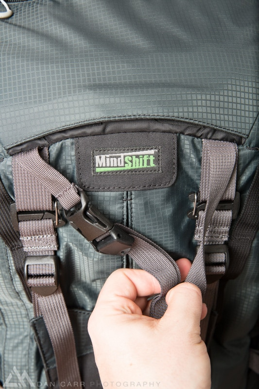 This top tripod strap is hidden in a little pocket within the lid of the bag meaning you can never forget to bring it with you. You can barely even notice the pocket in this photo but it's above the Mindshift Logo !